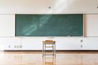 医師が教える「教育期間も関係…認知症リスク高める9要因」
