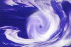 上陸ゼロでも高い水温に懸念 10月までは巨大台風への備えを