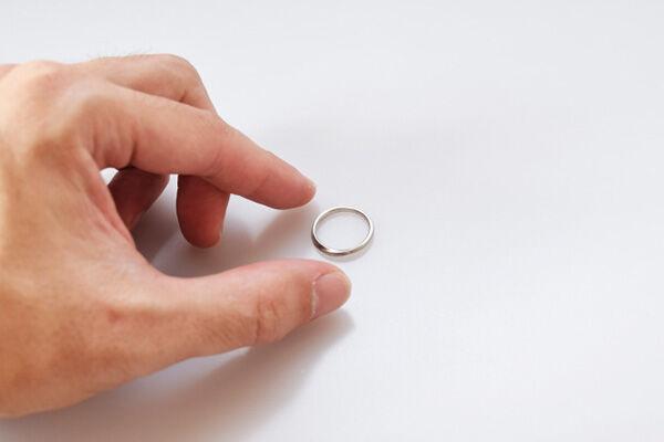 再婚した人が遺産について「シンプル遺言」を書くべき理由