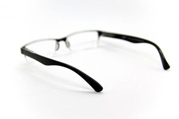 眼科医が教える「2.0度の100均メガネで老眼改善の可能性」