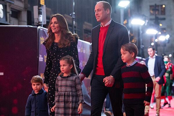 11日、医療従事者を招待して開催されたショーに一家で参加したウィリアム王子夫妻(写真:代表撮影/ロイター/アフロ)