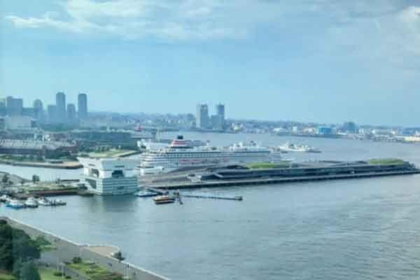 金運アップには、お金を意味する水が溜まっている海、その中でも「赤レンガ倉庫と横浜港を一緒に見れる場所」がおすすめ。