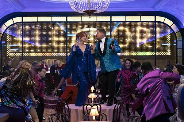 メリル・ストリープら演じるブロードウエースターたちが、同性愛者の女子高生エマのために立ち上がるミュージカル映画