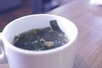 インスタント飲むなら「味噌汁よりわかめスープ」にするべし