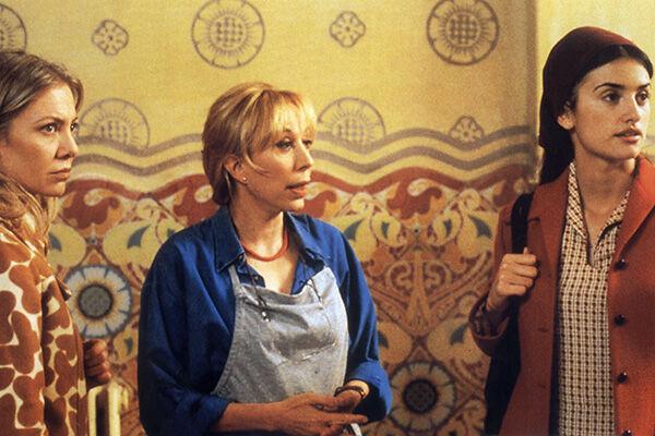 (C)1999 - EL DESEO - RENN PRODUCTIONS FRANCE 2 CINEMA