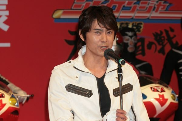 仮面ライダーが集うイベントに出席した倉田