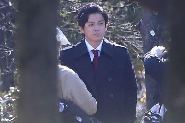 小栗旬『日本沈没』で杏と共演 渡辺謙から「娘頼む」とLINE
