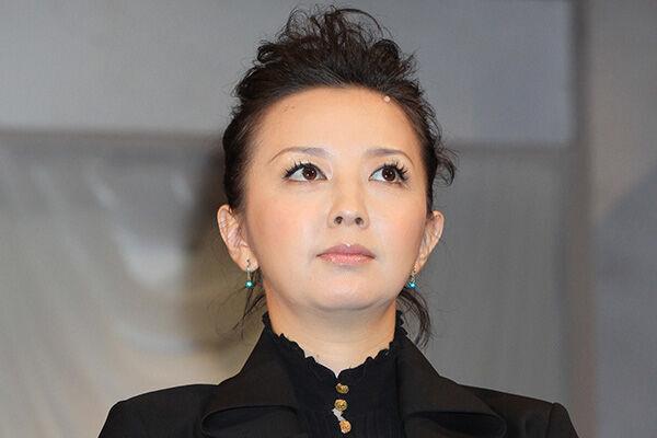 高橋由美子 不倫略奪婚に実父語った心境「正直ホッとした」