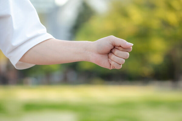 握れない、つかめないとなる前にやるべき「握力トレ」
