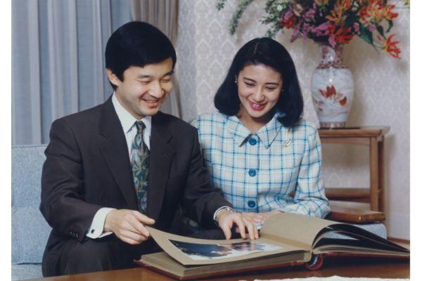 93年4月、ご結婚までのデートは40回を超えた(写真提供:宮内庁)