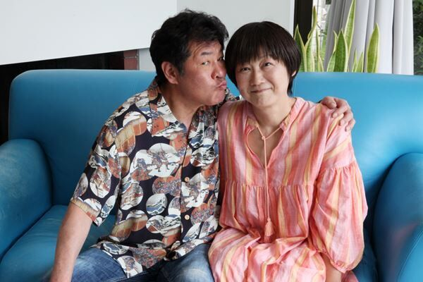 お茶目な一面を見せてくれた赤井英和さんと佳子さん(撮影:永田理恵)