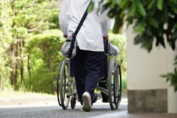 専門家が選んだ「持病あり、高齢でも入れる医療保険ベスト4」