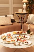 JILLSTUART×ホテル日航東京、コラボルームで限定パーティーメニュー発売