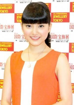 『第24回 日本ジュエリー ベストドレッサー賞』を受賞した川島海荷(C)ORICON DD inc.