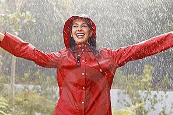 雨の日こそおしゃれアイテムでファッショナブルに!