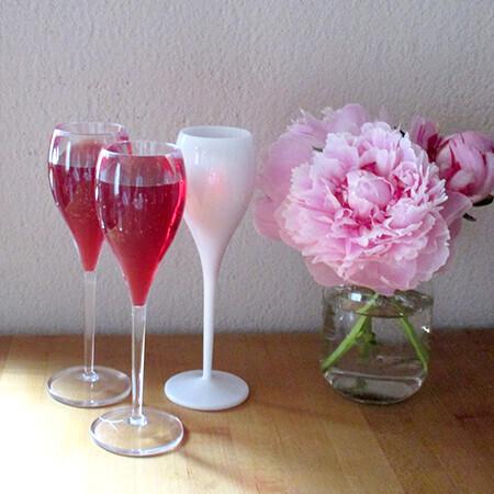 アウトドアでもOK! 割れない「ワイングラス」でパーティーを満喫