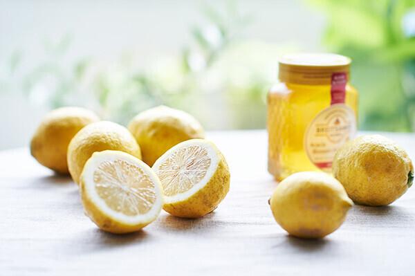 ビタミンCをこまめに摂取! アレンジ豊富な「レモンのハチミツ漬け」