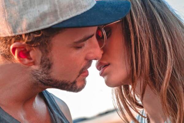キスする夢が頭から離れない時どう解釈すればいい?