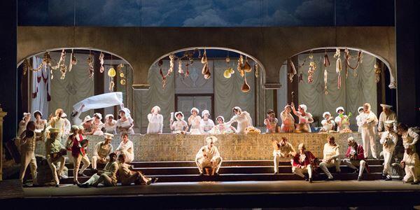 新国立劇場オペラ『ドン・パスクワーレ』 美しいアリアが散りばめられた抱腹絶倒のオペラ・ブッファ