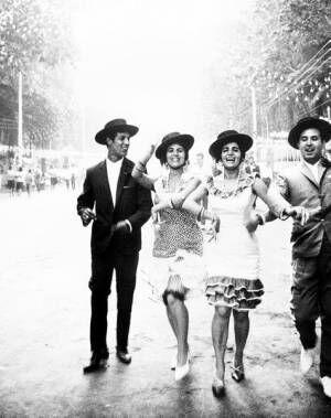 奈良原一高《フィエスタセビーリャまたはマラガ》〈スペイン偉大なる午後〉より1963-65年 (c)Ikko Narahara