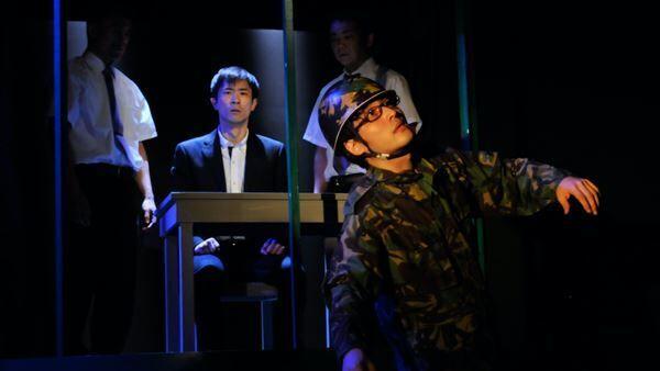 劇団チャリT企画『それは秘密です。』初演(2014年)より 撮影:鈴木淳