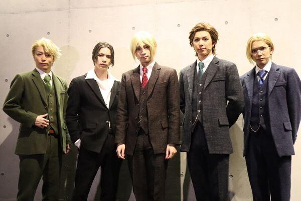 荒牧慶彦、瀬戸祐介、糸川耀士郎が兄弟役を熱演!舞台『憂国のモリアーティ』開幕