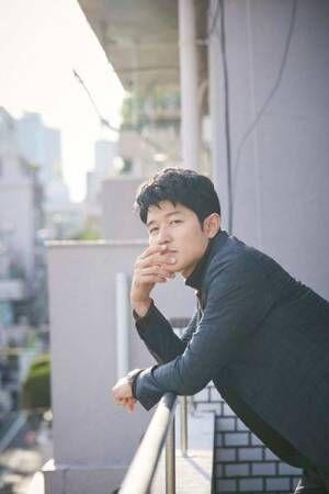 鈴木亮平『ひとよ』インタビュー「どこかでつながっているのが家族なのかもしれない」