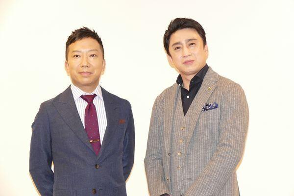 市川猿之助(左)と松本幸四郎(右)