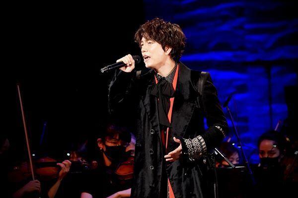 山崎育三郎(『billboard classics 山崎育三郎Premium Symphonic Concert Tour 2021 -SFIDA-』初日公演より)