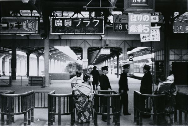 桑原甲子雄 《下谷区上野駅(台東区)》 1936年 東京都写真美術館蔵