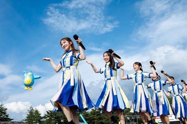 日向坂46、初全国アリーナツアーを発表「もっともっと世界中にパワーを届けていきたい!」