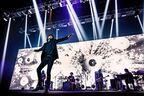 宮本浩次、溢れる衝動で希望の歌を轟かす 有観客&配信で実現したバースデー公演『宮本浩次縦横無尽』レポート
