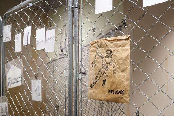 浅野忠信の2年ぶりとなる個展が渋谷PARCOでスタート! カラフルな油彩画や水彩画に込められた思いとは?
