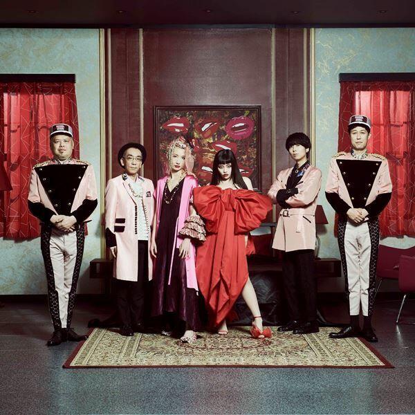 ジェニーハイ、メンバーがホテルマンとゲストに扮する「華奢なリップfeat.ちゃんみな」MVプレミア公開決定