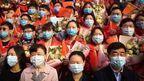 米中政府のコロナ初期対応を批判する『In the Same Breath』