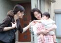 【パパママ本音調査】ベビーシッター雇用約8割が「他人が家に入ること」に不安