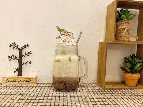 ひんやり香ばしい!蕎麦茶ミルクのアイス汁粉ラテが新登場
