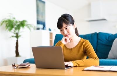 ストレス・不調をケアしたい…。「自宅でのセルフケア」約半数が実践