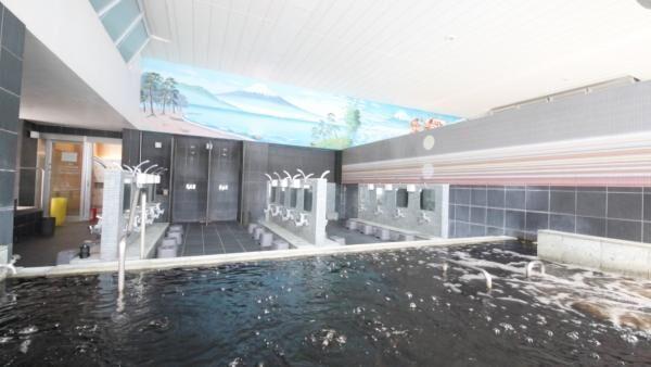 朝風呂が充実!「戸越銀座温泉」は天然黒湯温泉でつやのある美肌になれる銭湯