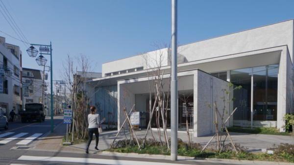 練馬区桜台の銭湯「天然温泉 久松湯」は光と風、雑木林の中の銭湯がテーマ