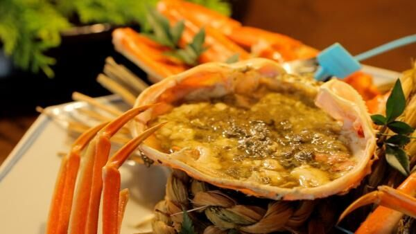 ミシュランでも評価された高級蟹料理を「星野リゾート 界 加賀」でいただく