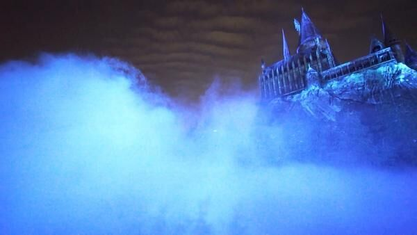 """""""あの呪文""""で魔法体験!? 期間限定「ハリポタ」ナイトショーがUSJで開催中"""