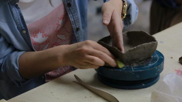 【陶芸女子】カップルや友達と行っても楽しい!浅草「dakota工房」で陶芸体験