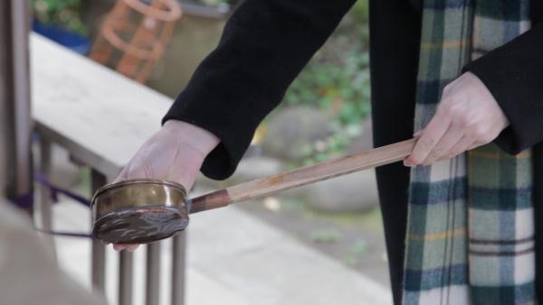 初詣のご利益倍増!? 覚えておきたい参道の歩き方&手水のお作法