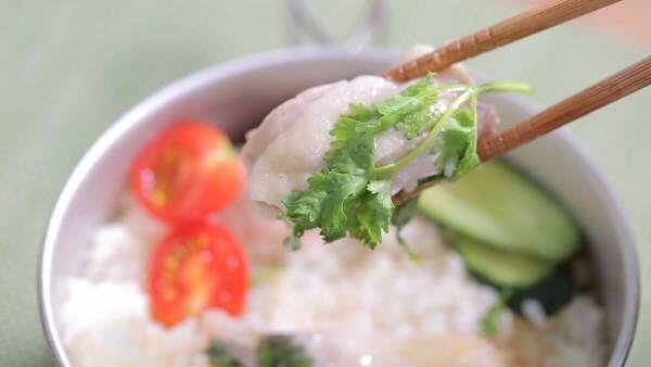 絶品キャンプ飯レシピ。鍋ひとつでできる本格派「カオマンガイ」