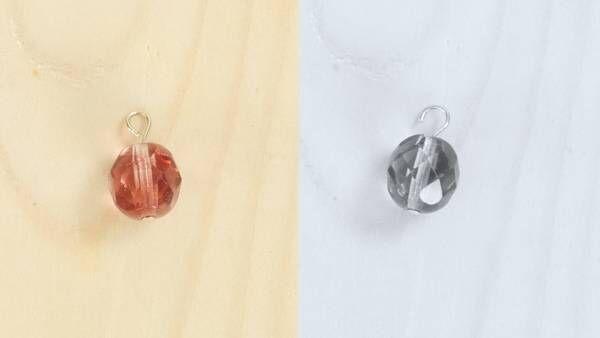 冬の耳元を華やかに彩る「ボルドーカラーのピアス」の作り方
