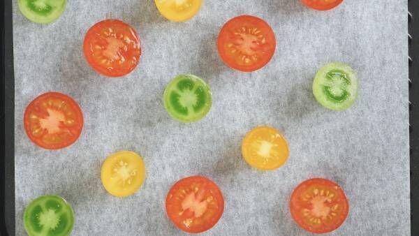 あると安心。万能保存食「ドライトマトのオイル漬け」の作り方