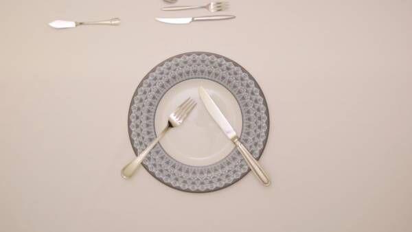 デートの前にテーブルマナーを見直そう!ナイフ&フォークの基本・持ち方