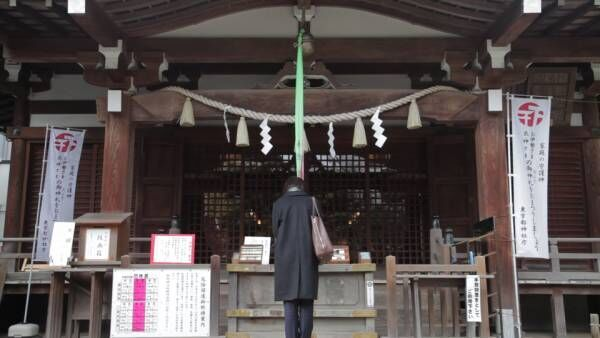 【神社の参拝方法】名乗らなければ神様に気づいてもらえない?初詣で試したい正しいお参りの仕方