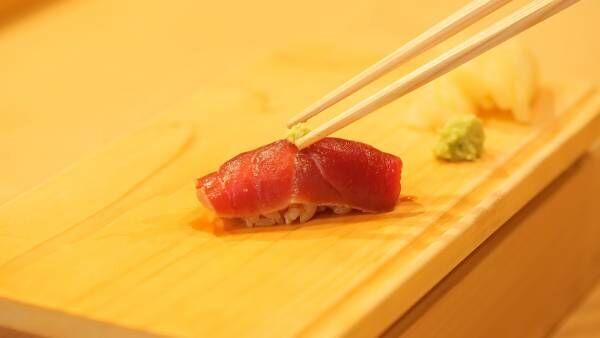 手で食べる? お箸で食べる?  粋な女は知っている、正しいお寿司の食べ方